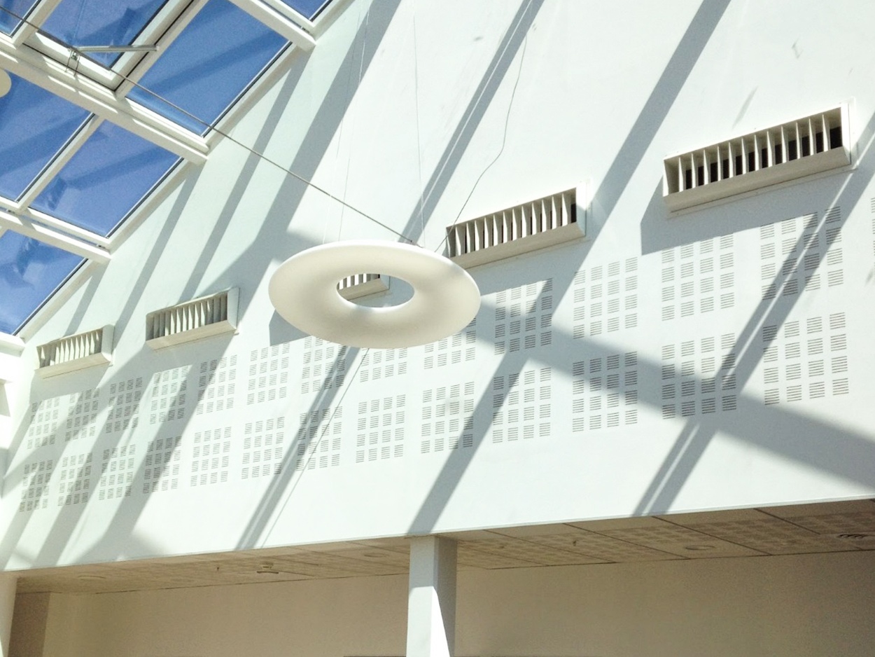 Picture: long-range diffuser inside the atrium