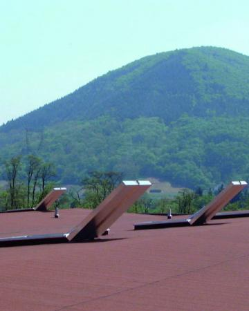 Adexsi security and roof solutions : smoke-free zones, natural smoke exhaust ventilation slolution